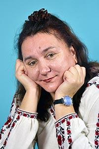 Канд. іст. наук, педагог, науковець, журналіст, краєзнавець Тетяна Миколаївна Курінна у вишиванці.
